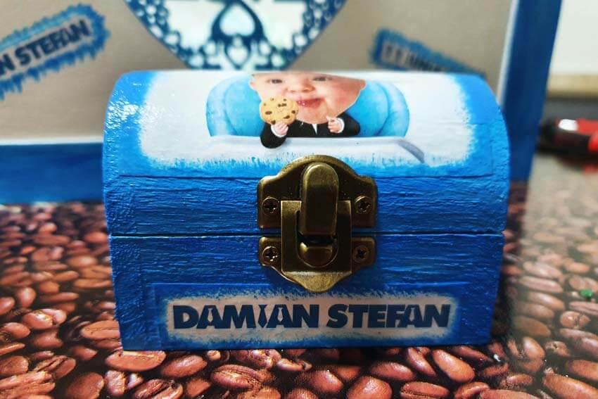 Cutie pentru prima suvita - Damian